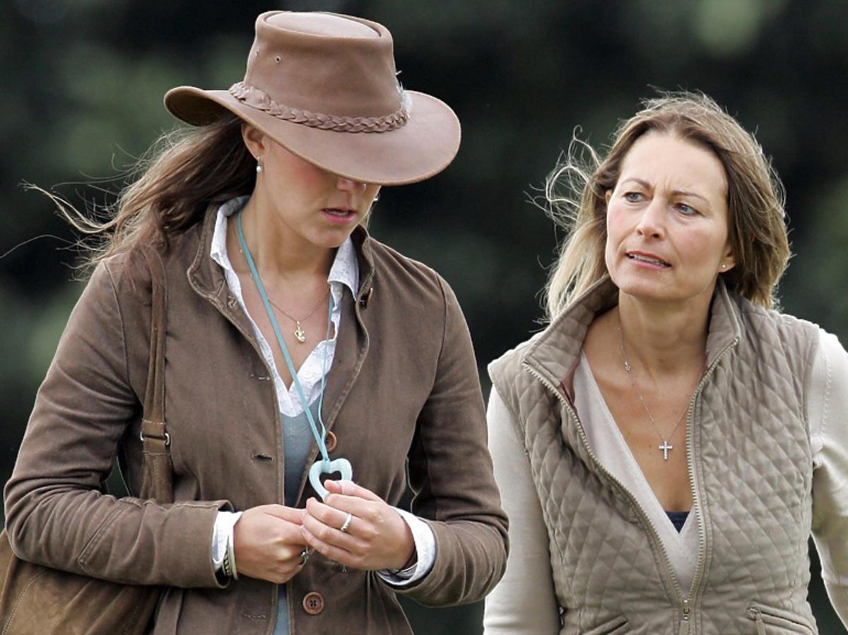 Księżna Kate z mamą