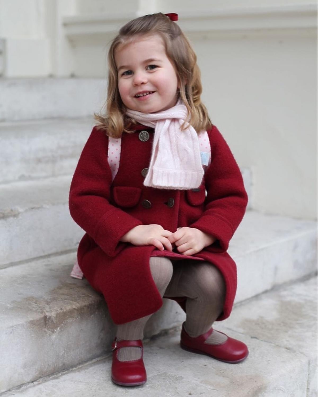księżniczka Charlotte poszła do szkoły