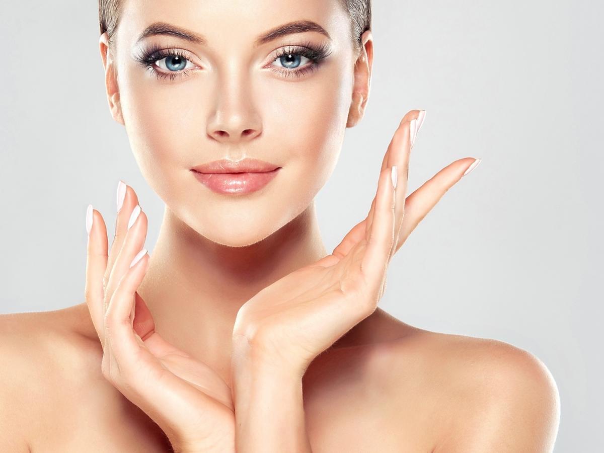 Kto powinien stosować kosmetyki z kwasem glikolowym?