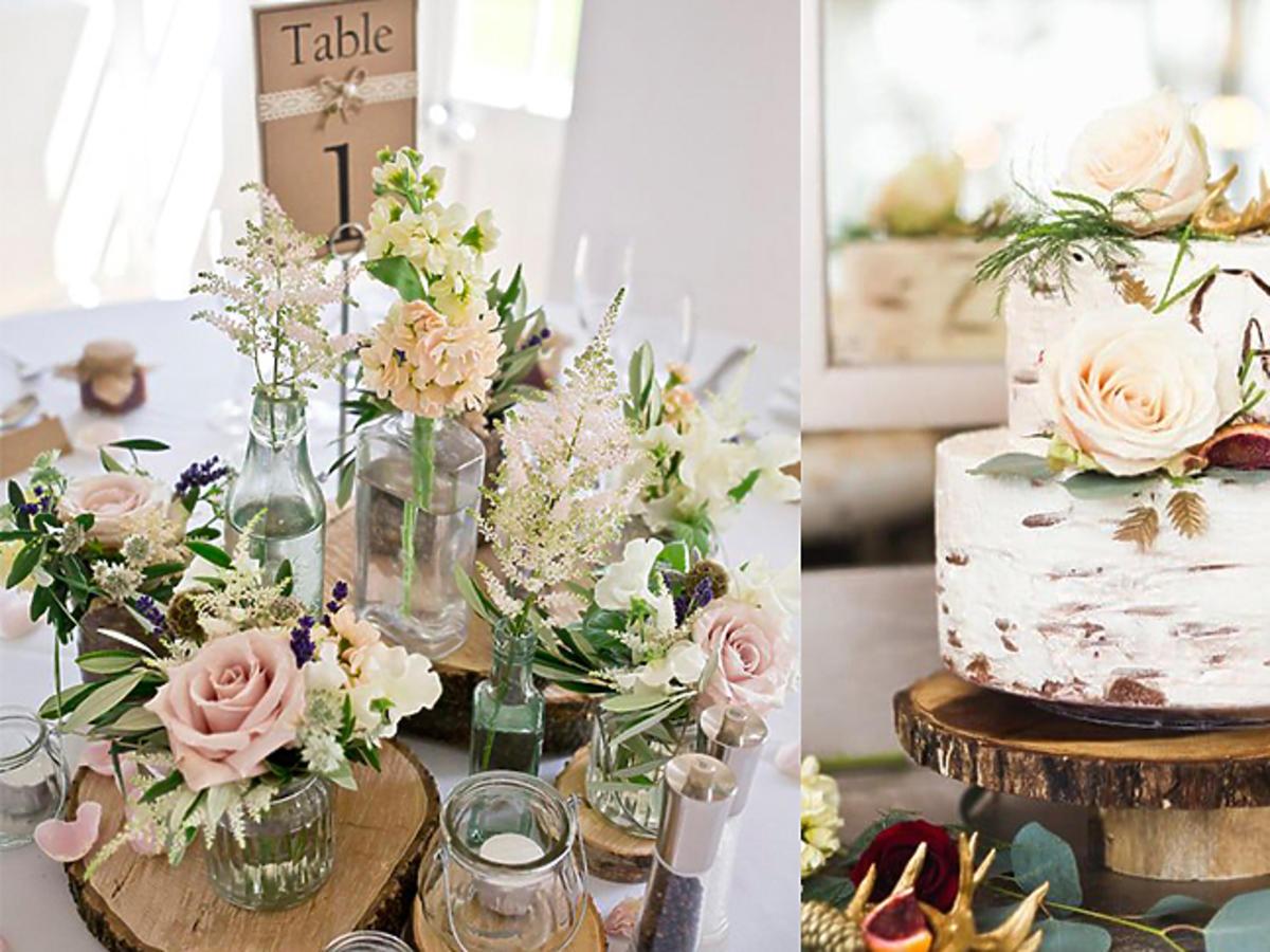 Kwiaty na stole, biały tort