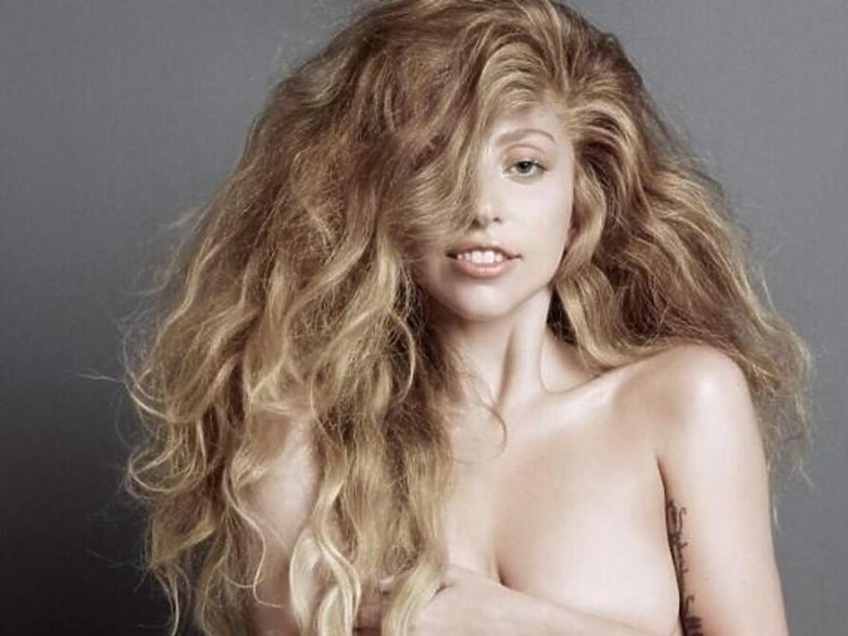 Lady Gaga nago w nowej sesji