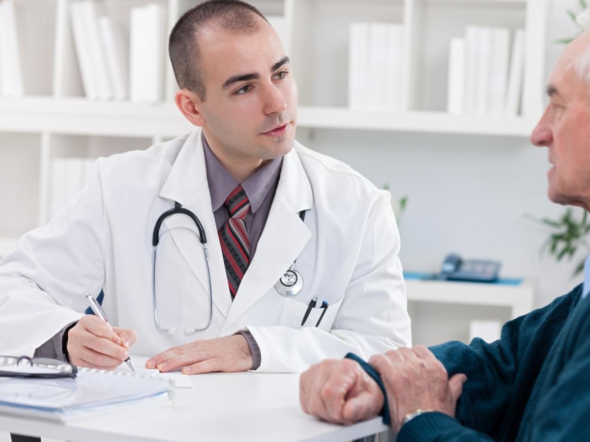 Lekarz i mężczyzna