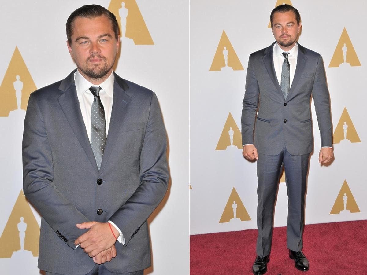 Leonardo DiCaprio w szarym garniturze