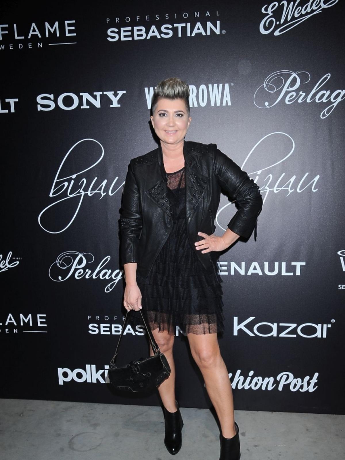 Lidia Kalita w czarnych botkach