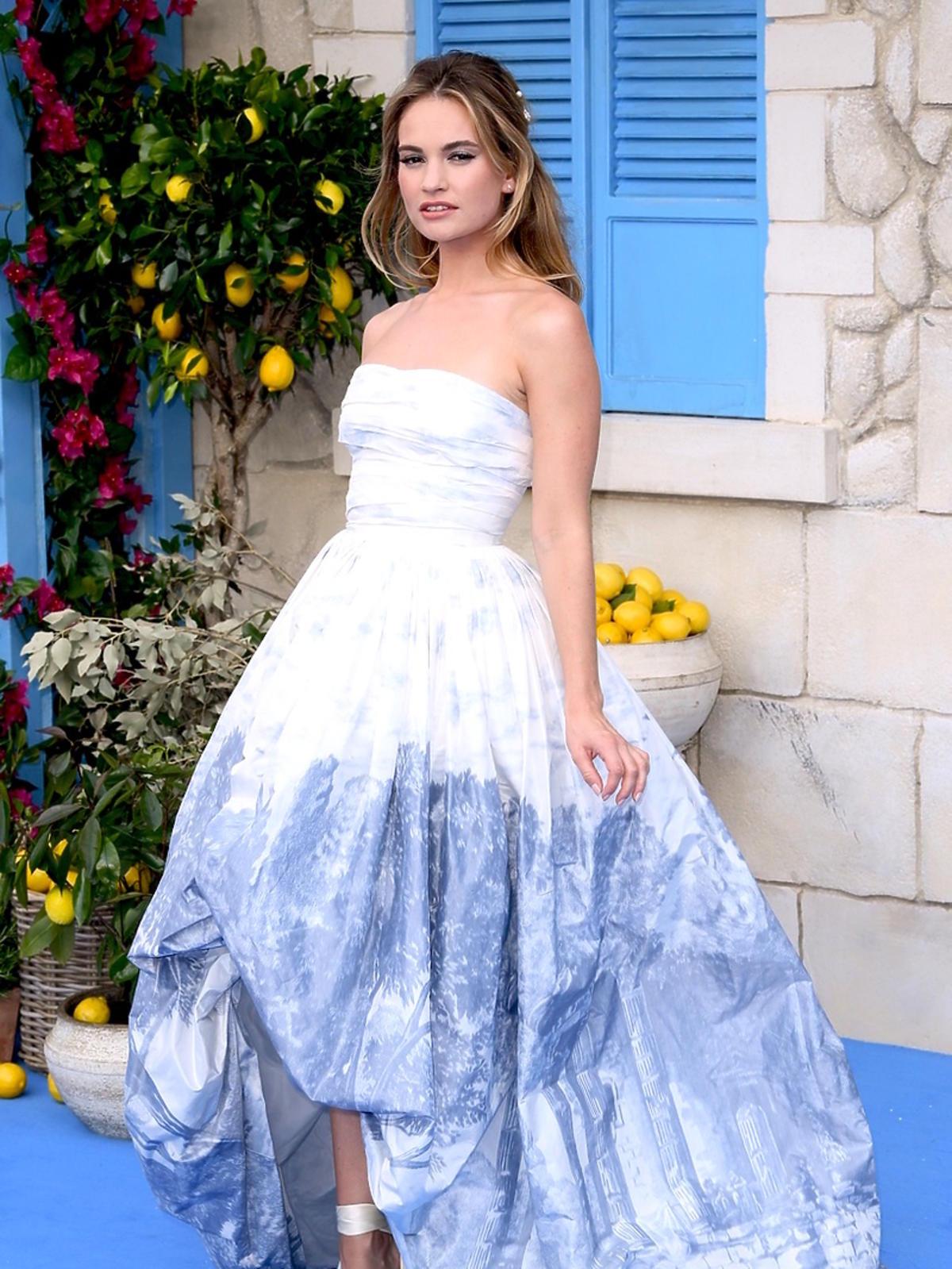 Lily James na premierze Mamma Mia! Here We Go Again
