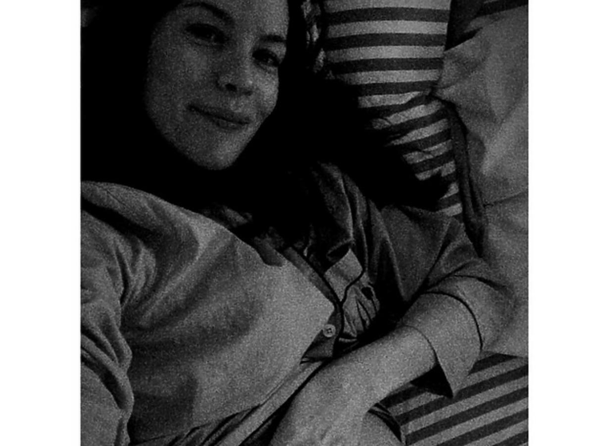 Liv Tyler pokazała brzuch
