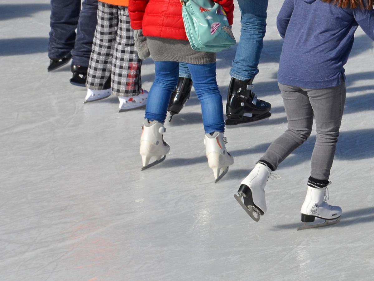Ludzie na łyżwach