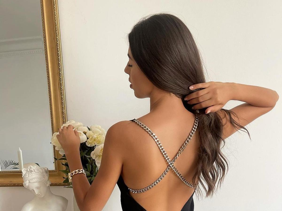 """Luiza z """"Hotelu Paradise"""" w czarnej sukience z Zary"""