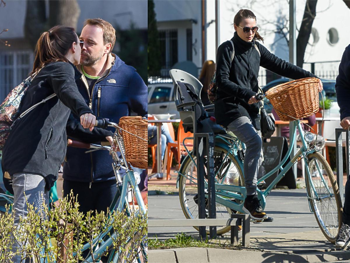 Łukasz Nowicki z nową żoną na rowerach