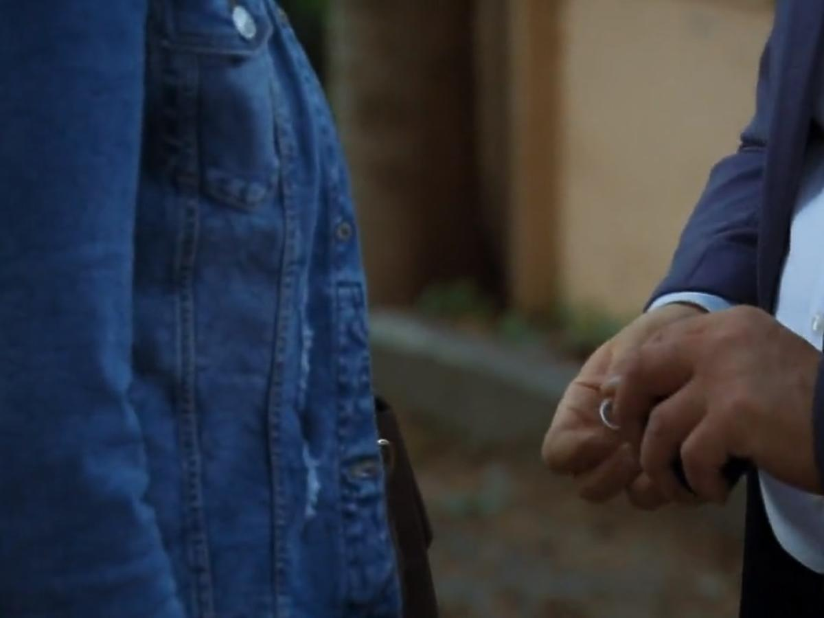 M jak miłość  Artur oświadcza się Marysi