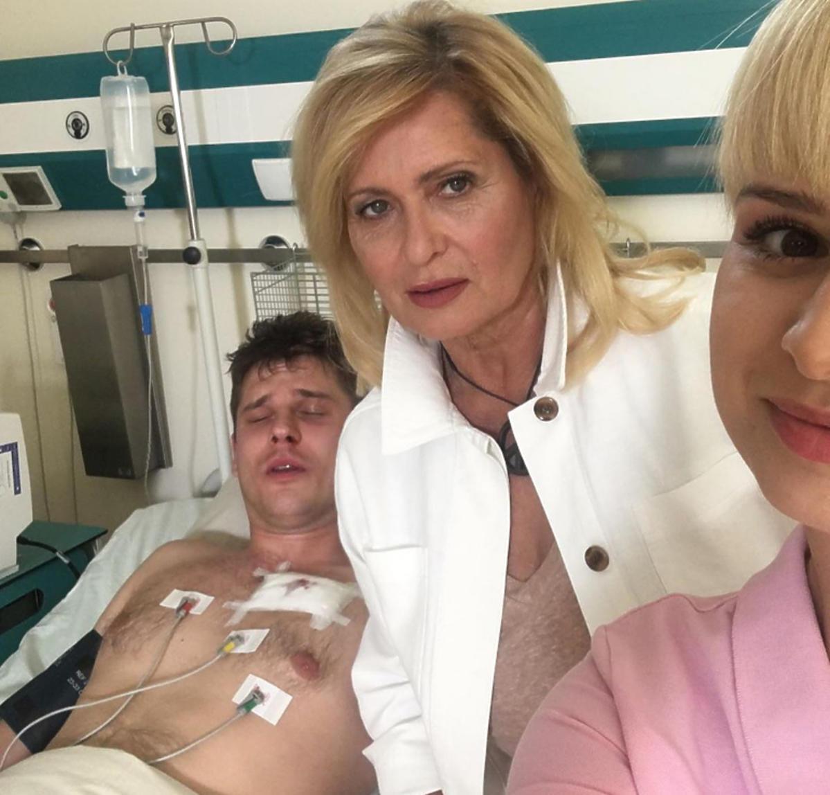 M jak milość Janek w szpitalu