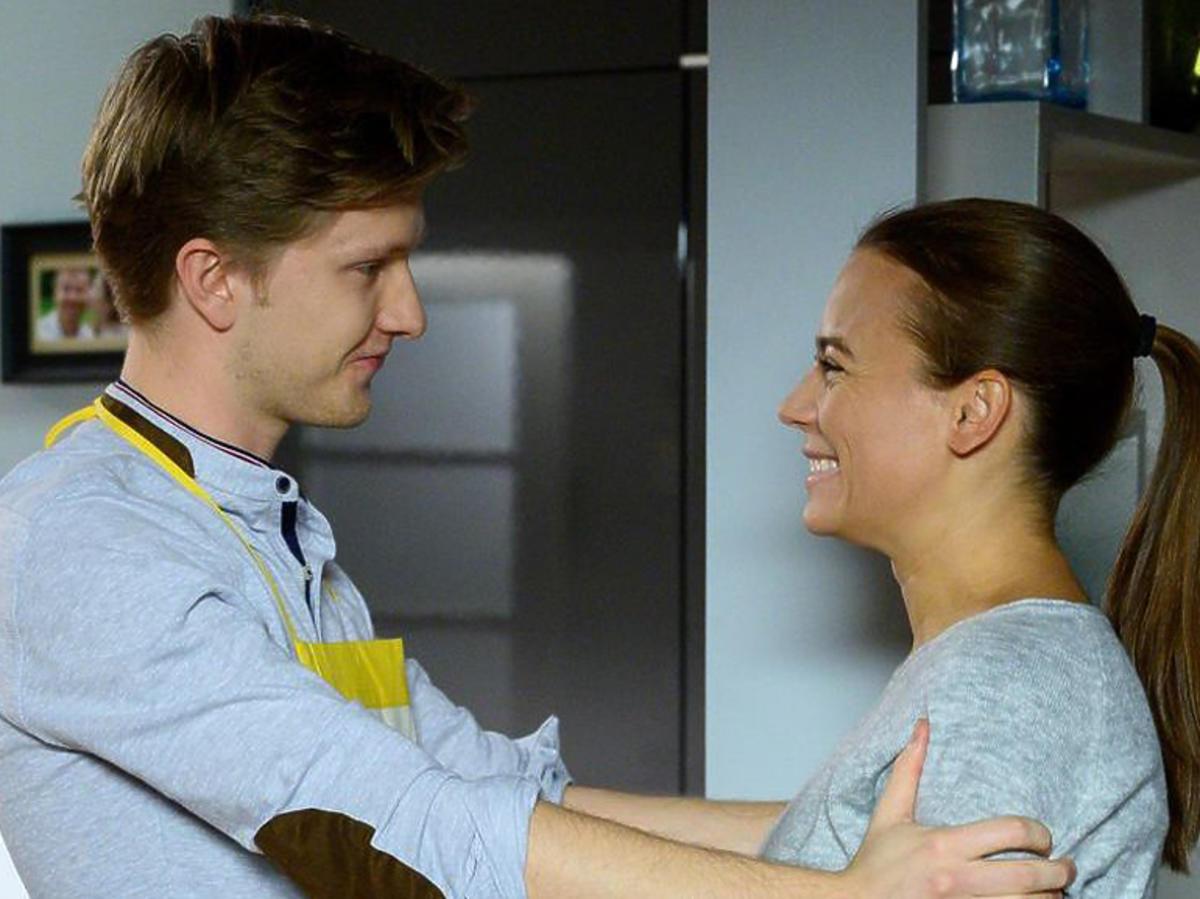 M jak miłość - Magda wróciła do domu ze szpitala