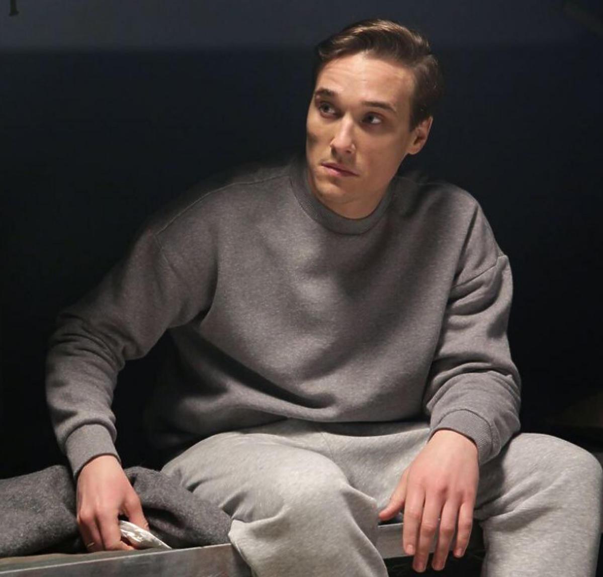 M jak miłość Olek w więzieniu