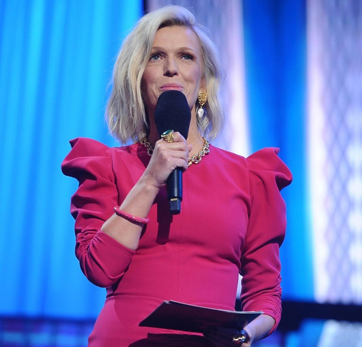 Magda Mołek na festiwalu Top of the top 2019 w różowej stylizacji