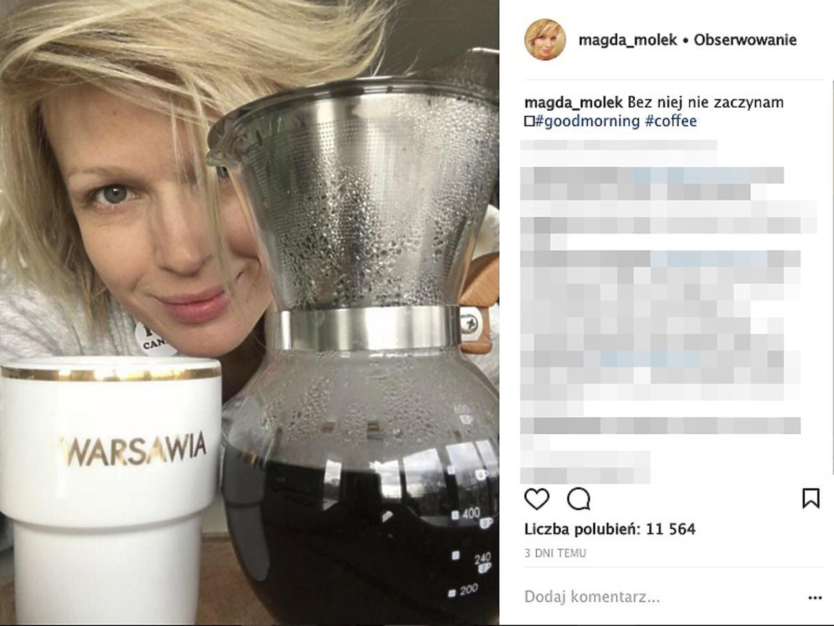 Magda Mołek pije kawę w ciąży