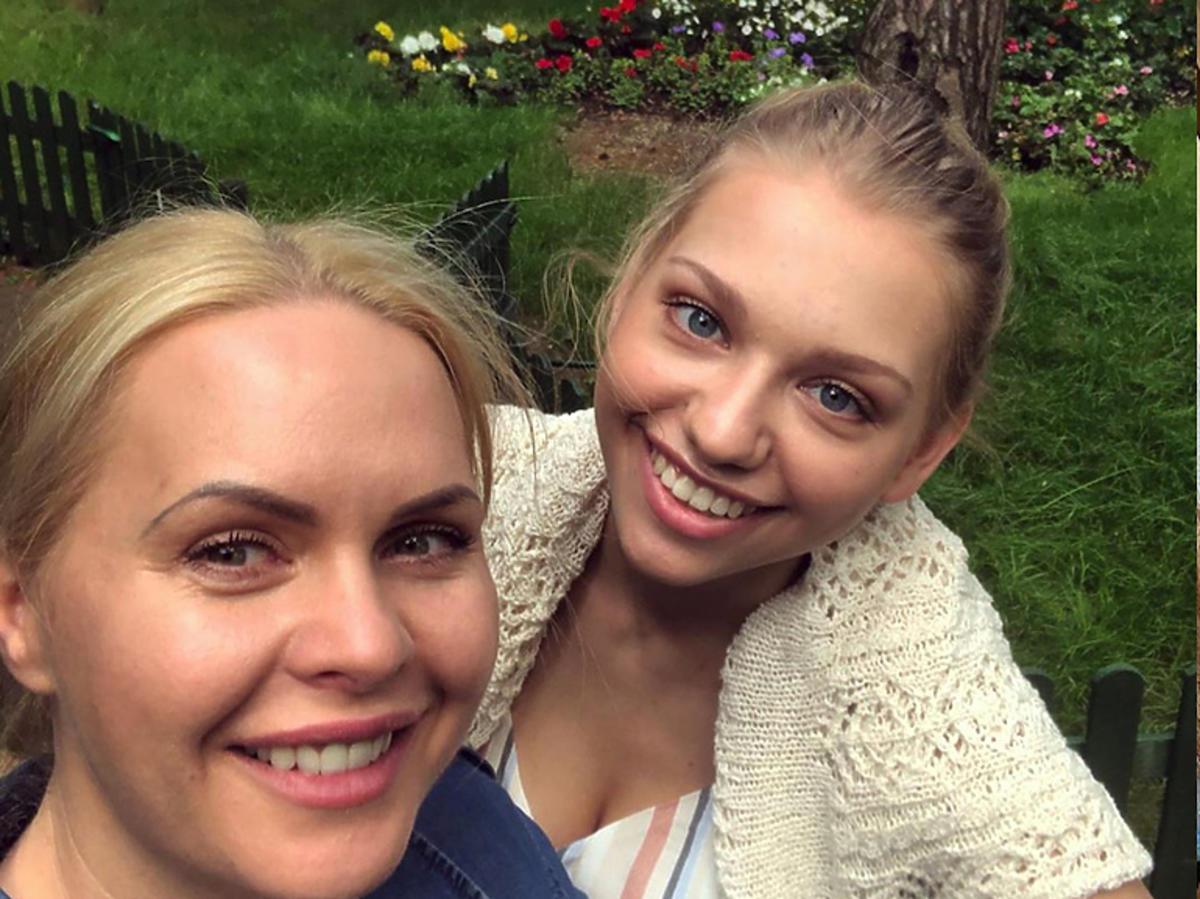 Magda Stużyńska i Nicole Bogdanowicz na planie