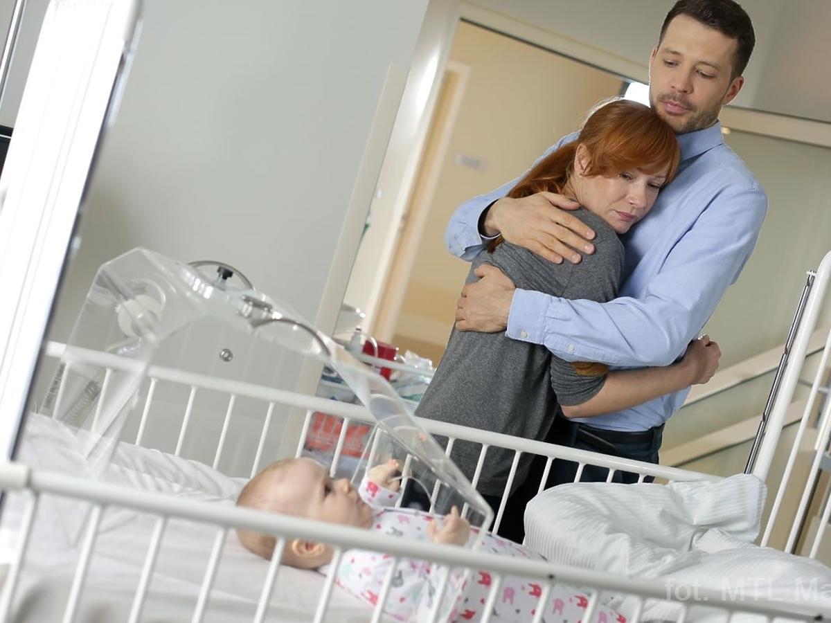 Magda Walach przytula się