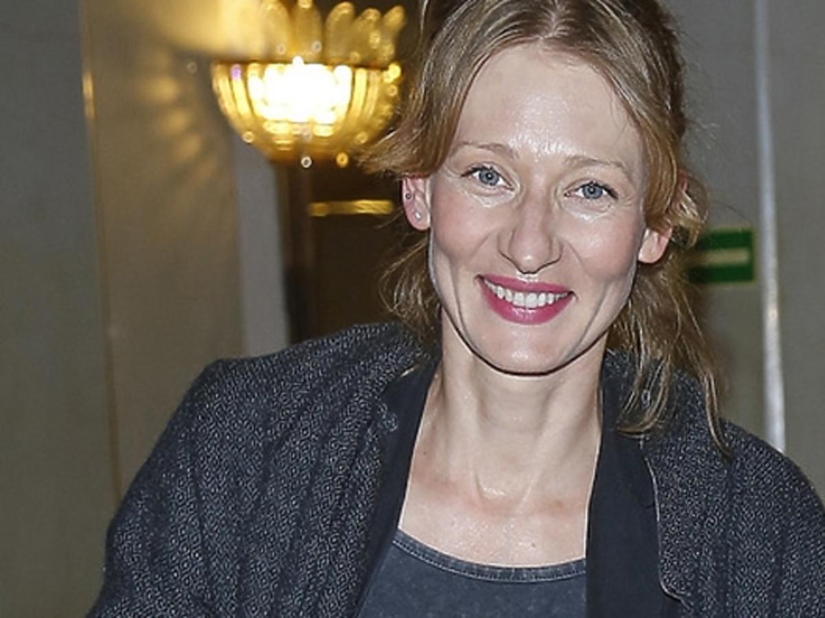 Magdalena Popławska pokazała ciążowy brzuszek