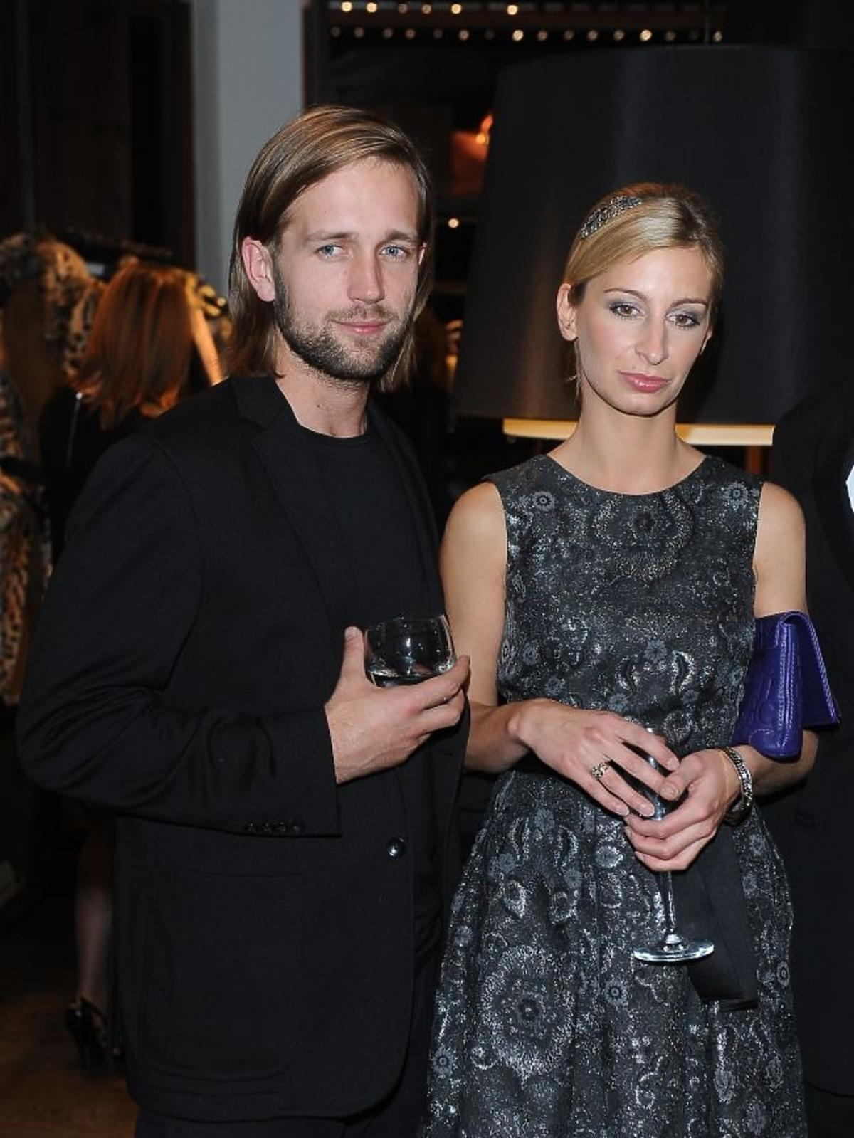 Magdalena Schejbal z partnerem na otwrciu butiku Caroliny Herrery w Zakopanem