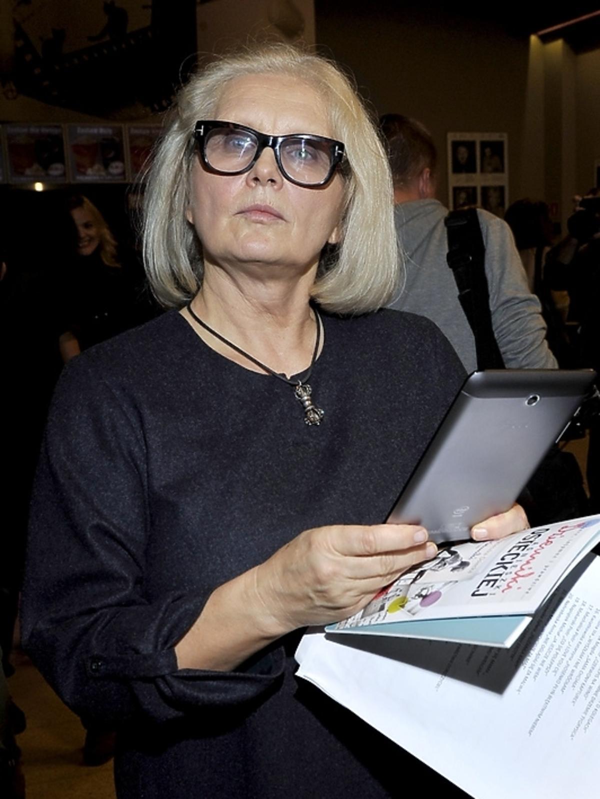 Magdalena Umer na poetyckim slamie