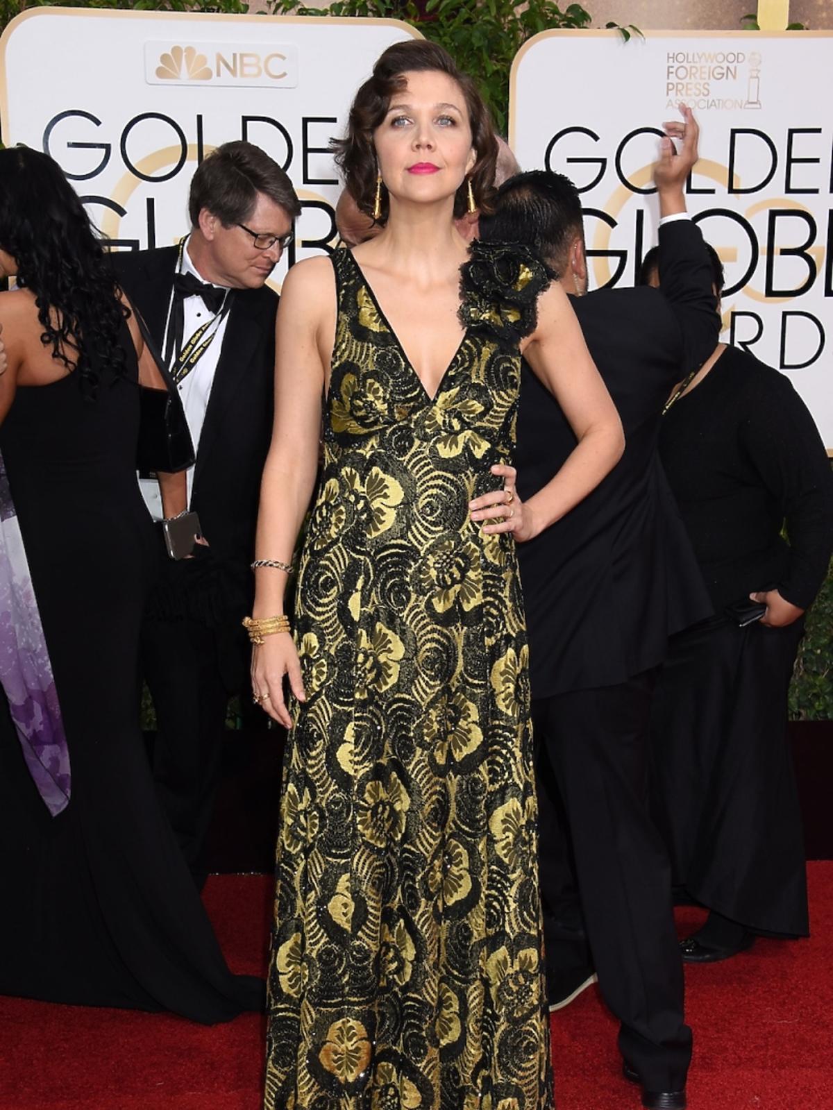 Maggie Gyllenhaal na rozdaniu Złotych Globów 2016