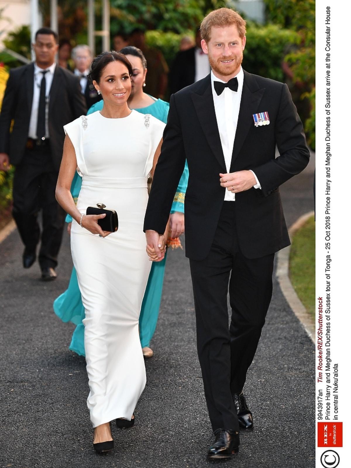 Maghan Markle w białej sukni
