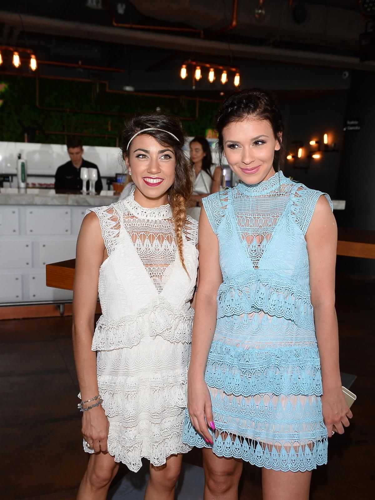Maja Hyży i Klaudia Halejcio w identycznych sukienkach