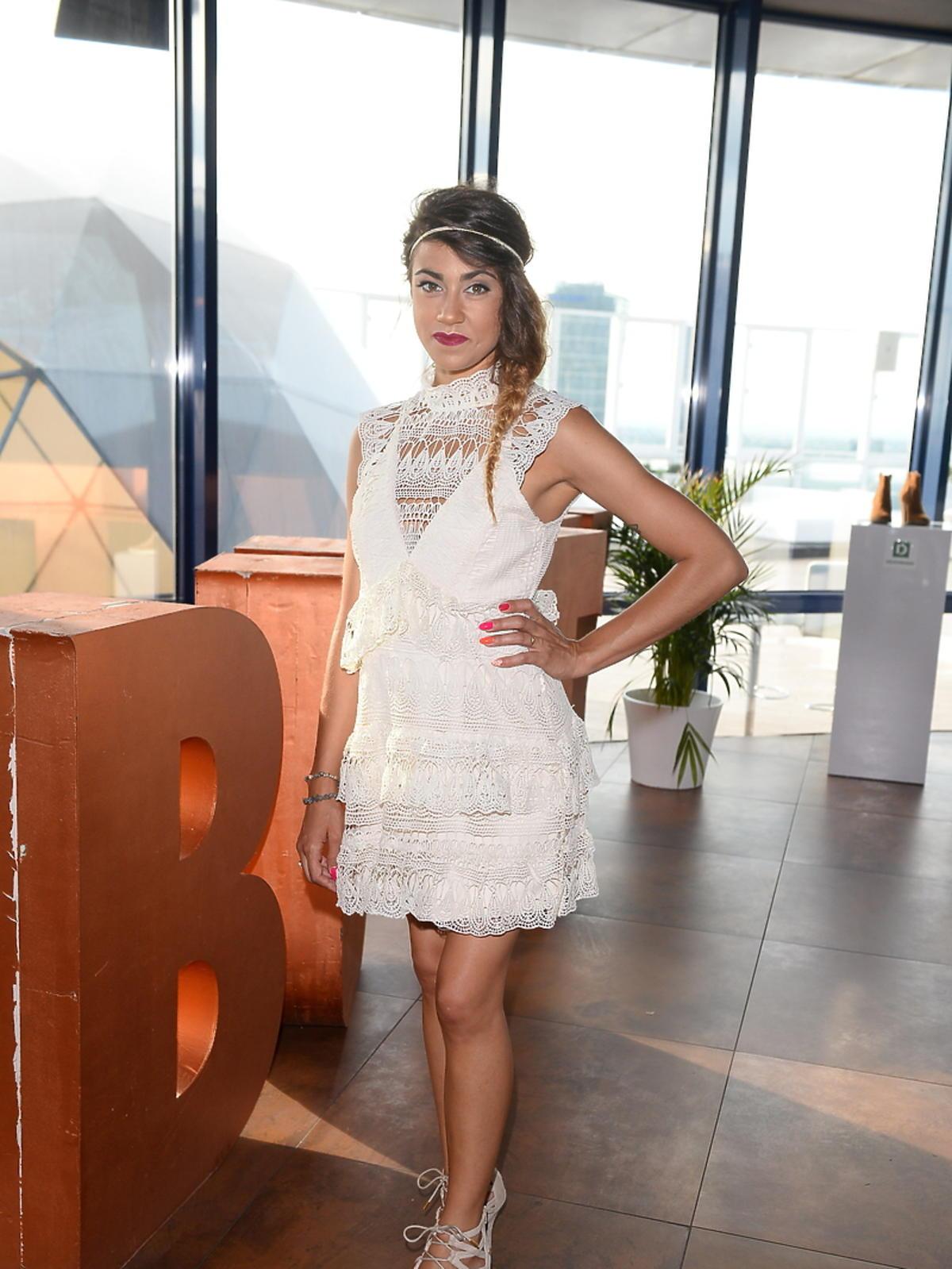 Maja Hyży w koronkowej sukience