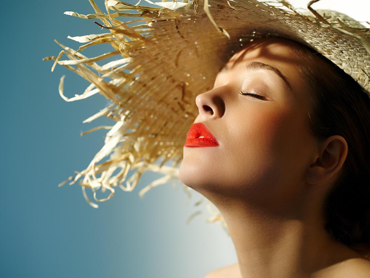 Makijaż latem, czyli jak przetrwać, gdy wszystko płynie