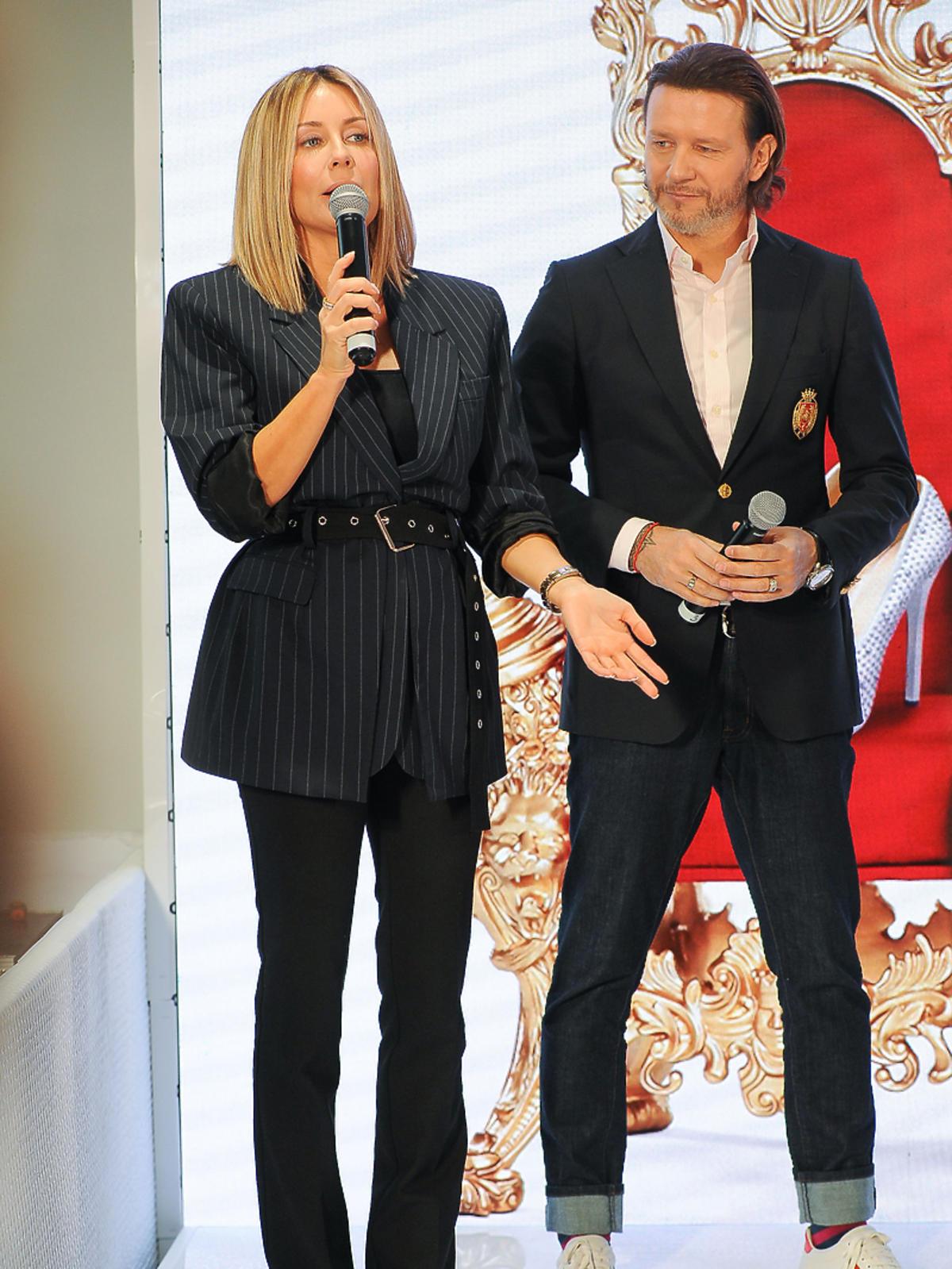Małgorzata Rozenek i Radosław Majdan w centrum handlowym