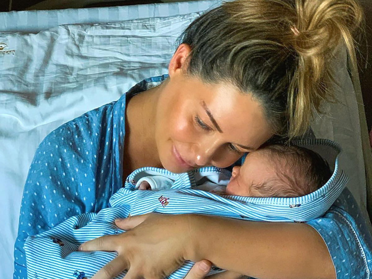 Małgorzata Rozenek-Majdan z synkiem Heniem, zdjęcie ze szpitala