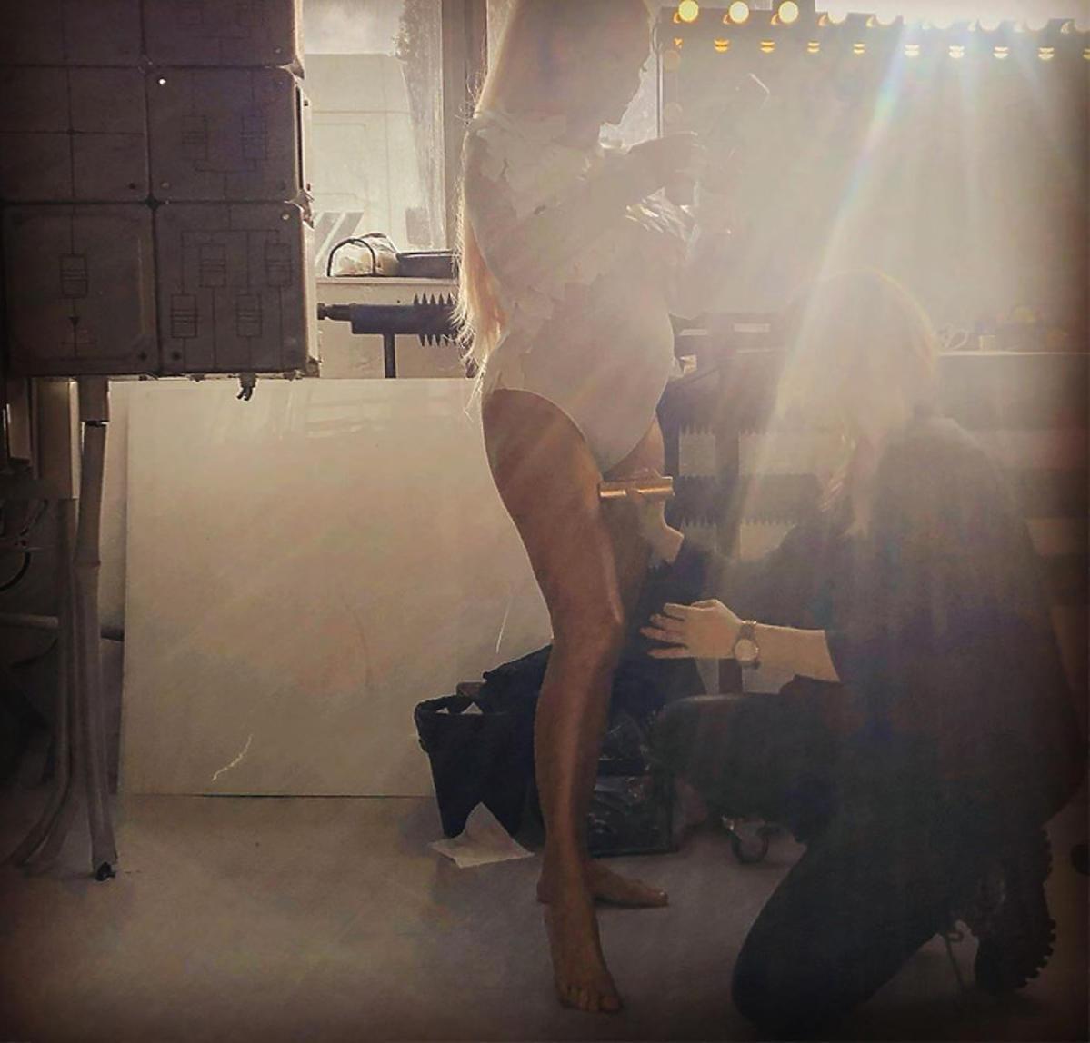 Małgorzata Rozenek pokazała duuuży brzuszek w seksownym body!