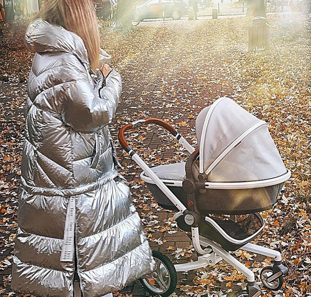 Małgorzata Rozenek pokazała nowy wózek Henia Majdana. To model marki Silver Cross warty ponad 15 000 zł!