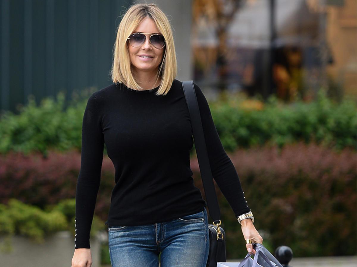 Małgorzata Rozenek w czarnym swetrze na zakupach