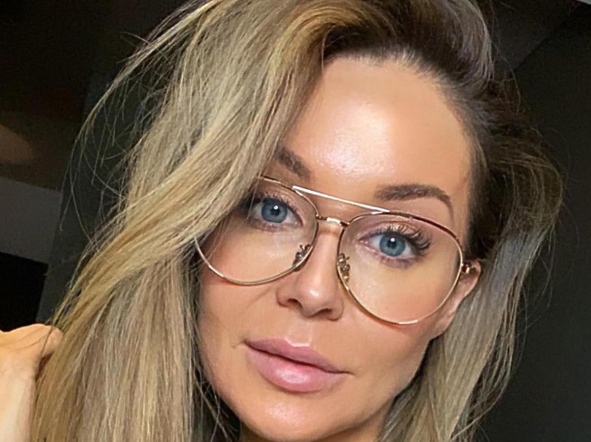Małgorzata Rozenek w okularach korekcyjnych