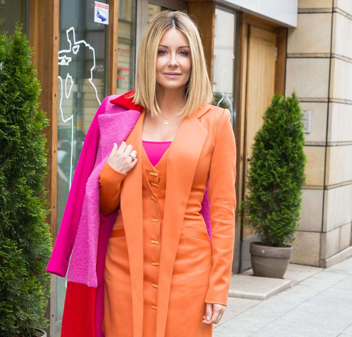 Małgorzata Rozenek w pomarańczowej sukience