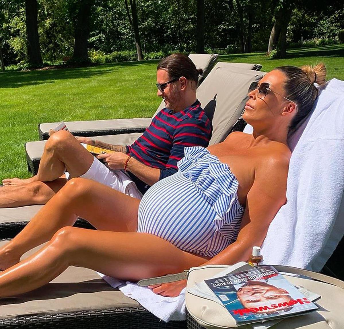 Małgorzata Rozenek w stroju kąpielowym z H&M