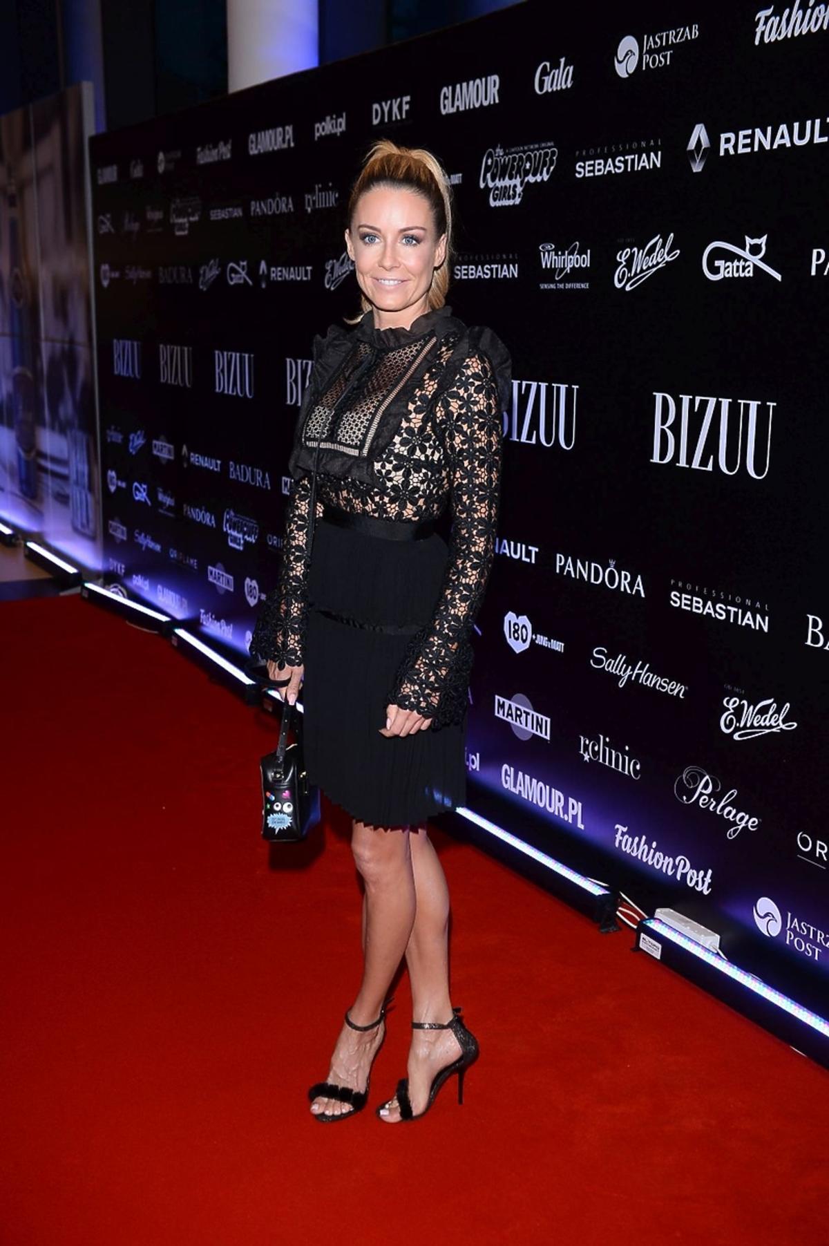 Małgorzata Rozenek w sukience ze stójką