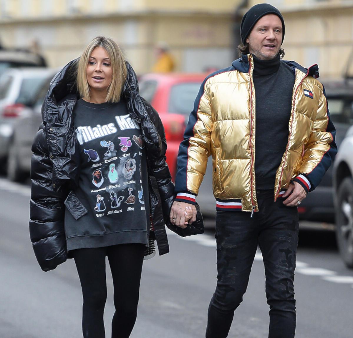 Małgorzata Socha i Radosław Majdan spacerują po Warszawie
