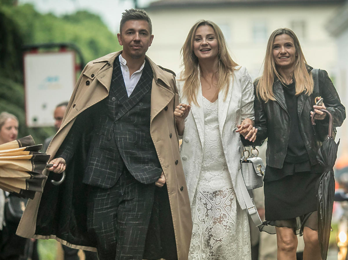 Małgorzata Socha, Łukasz Jemioł i Joanna Koroniewska na zakończeniu rajdu Mille Miglia 2019