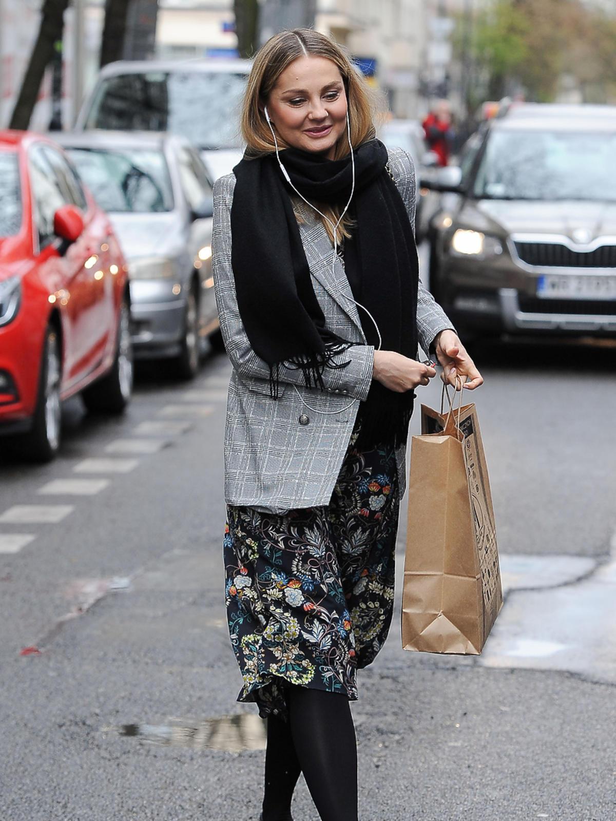 Małgorzata Socha na zakupach w centrum Warszawy