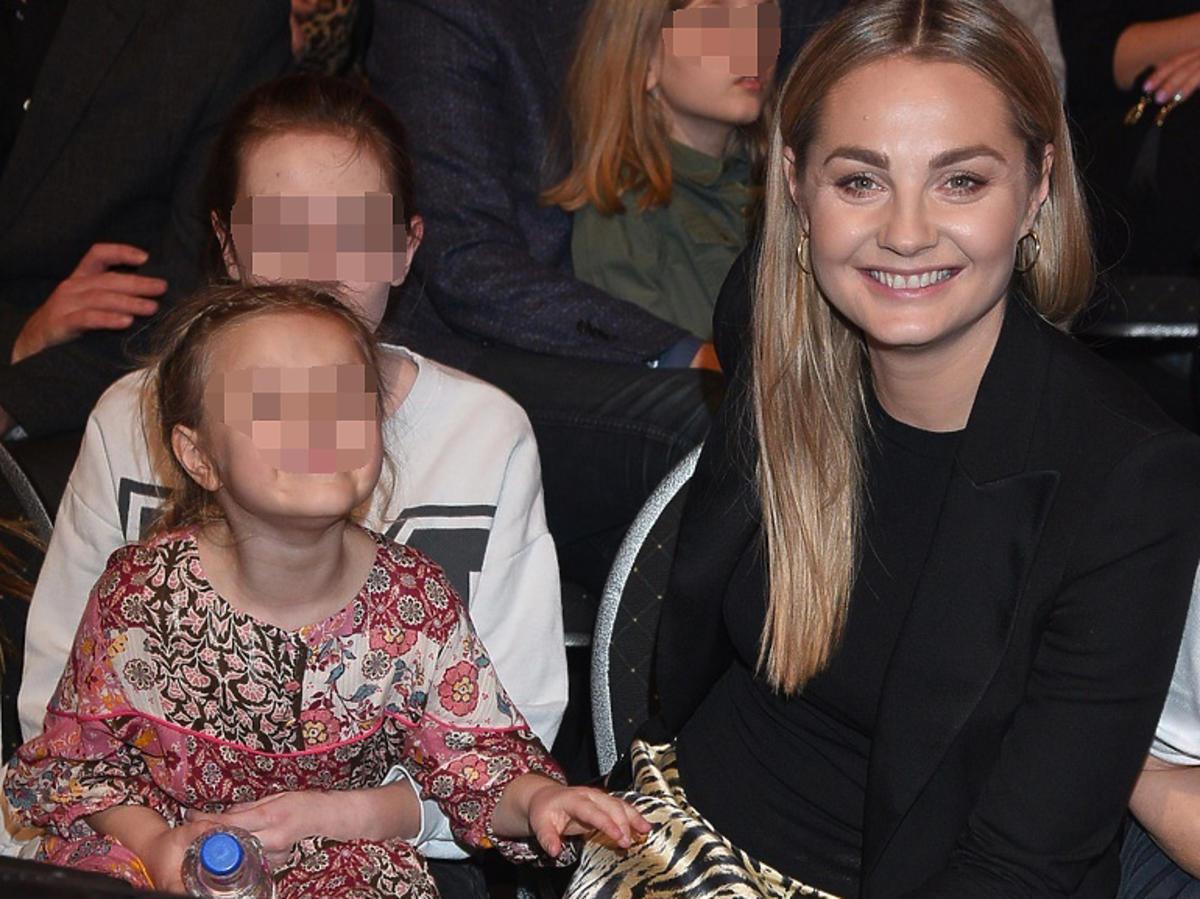 Małgorzata Socha z córkąZosią na widowni Tańca z Gwiazdami