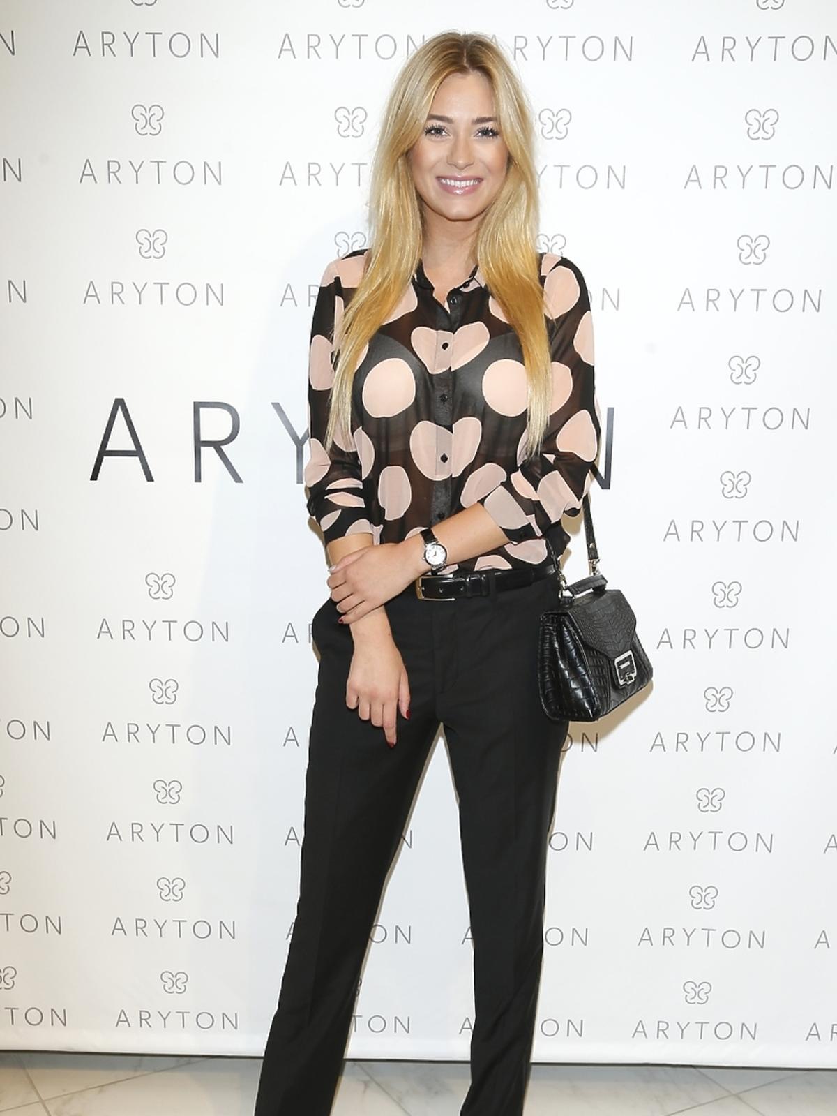 Marcelina Zawadzka na pokazie nowej kolekcji marki Aryton
