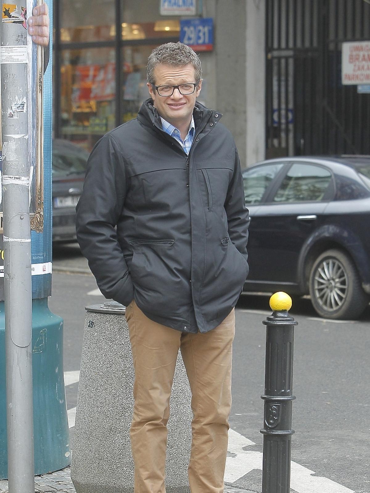 Marcin Meller przed studiem Dzień Dobry TVN