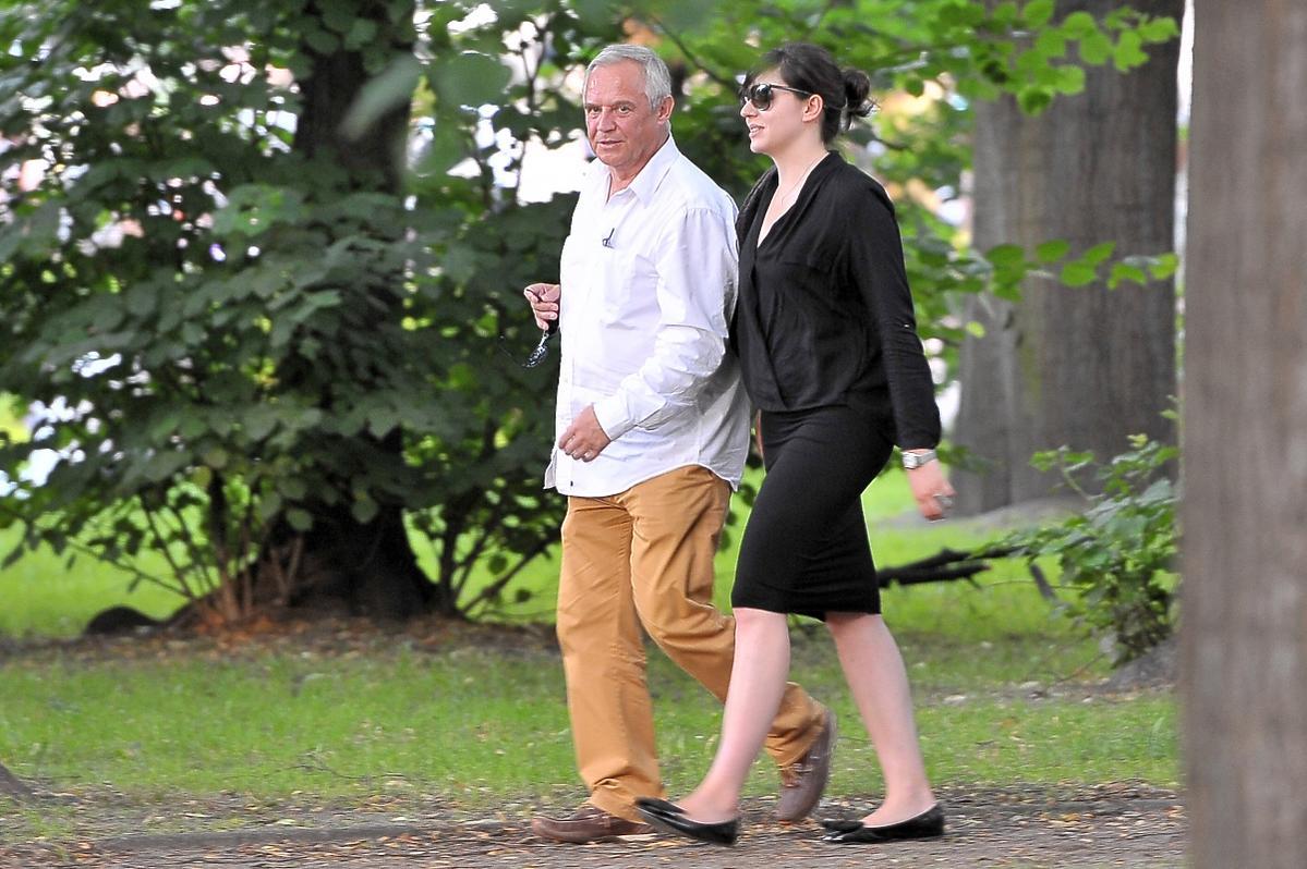 Marek Kondrat i Antonina Tosia Turnau na spacerze