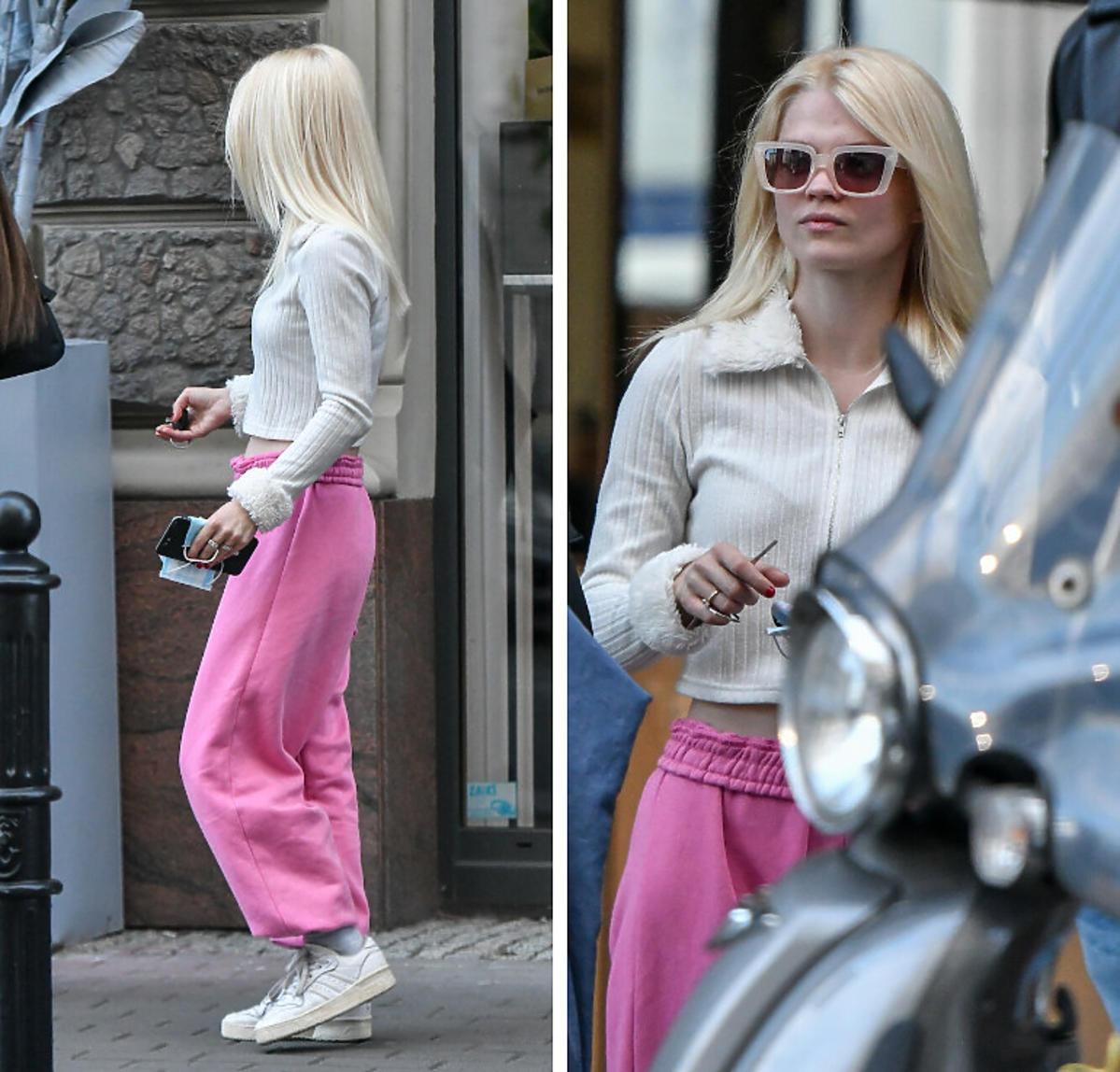 Margaret w różowych spodniach
