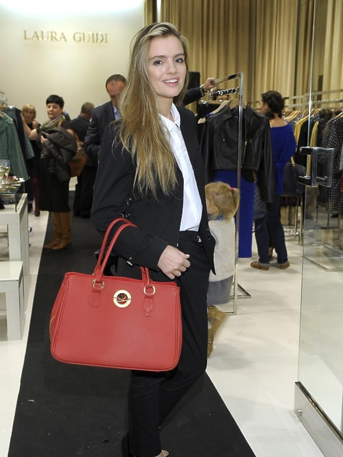 Maria Niklińska na prezentacji kolekcji Laura Guidi