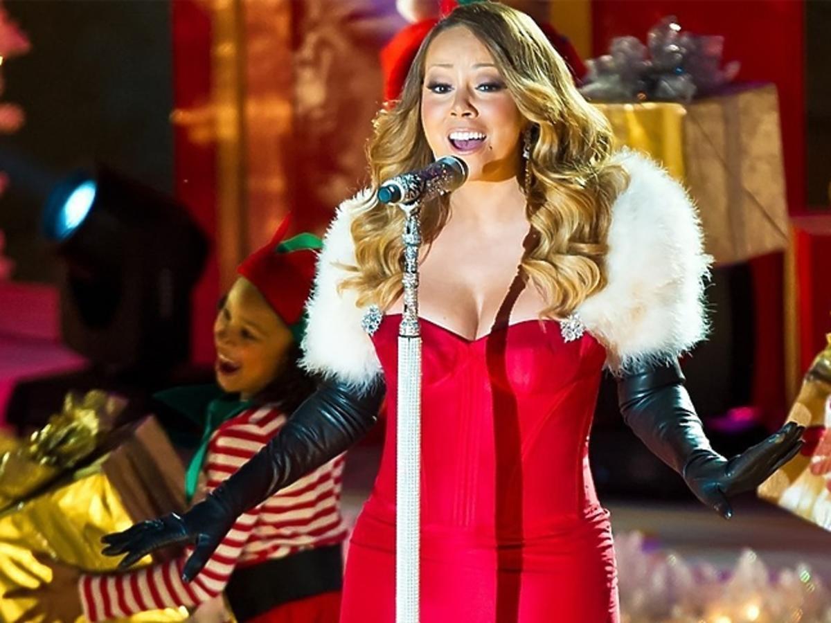 Mariah Carey w czerwonej sukni