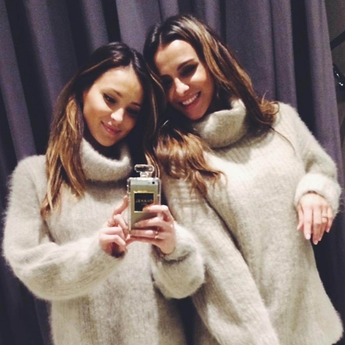 Marina i Sara Mannei na wspólnych zakupach