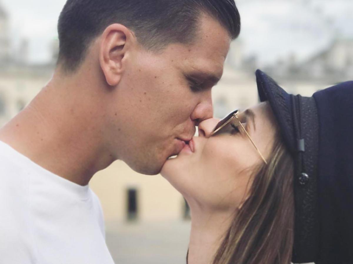 Marina, Wojtek Szczęsny całują się
